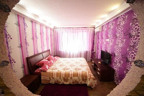 1-комнатная квартира посуточно в Киеве. Оболонский район, пр-т Оболонский, 9. Фото 1