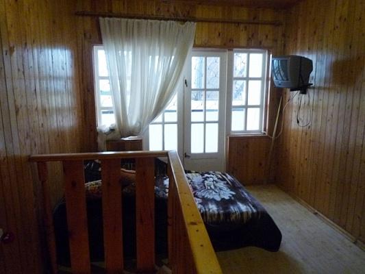 1-комнатная квартира посуточно в Ильичёвске. 114 причал, 9. Фото 1