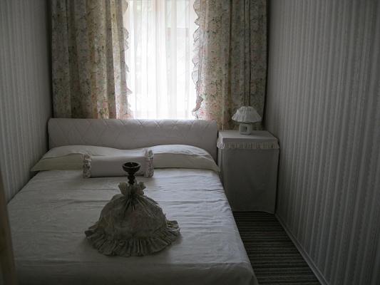 1-комнатная квартира посуточно в Херсоне. Суворовский район, пл. Свободы, 4. Фото 1
