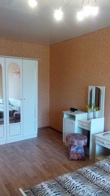 1-комнатная квартира посуточно в Кривом Роге. Дзержинский район, ул. Олейникова, 30. Фото 1