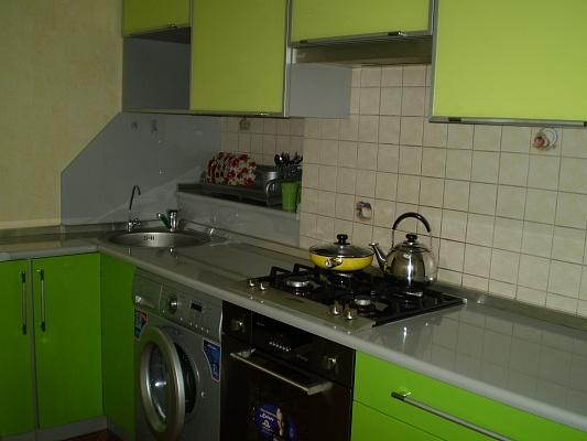 2-комнатная квартира посуточно в Николаеве. Центральный район, пр.Ленина, 158. Фото 1