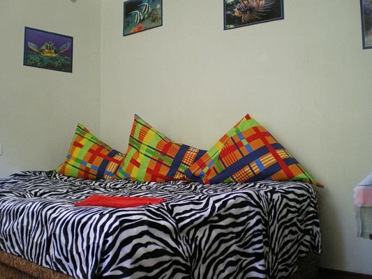1-комнатная квартира посуточно в Одессе. Приморский район, ул. Черноморская, 4. Фото 1