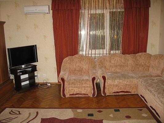 2-комнатная квартира посуточно в Киеве. Печерский район, б-р Леси Украинки, 3. Фото 1