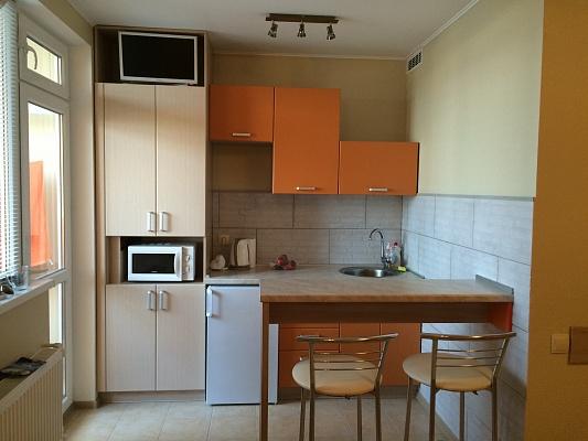 1-комнатная квартира посуточно в Севастополе. Гагаринский район, ул. Парковая, 29. Фото 1