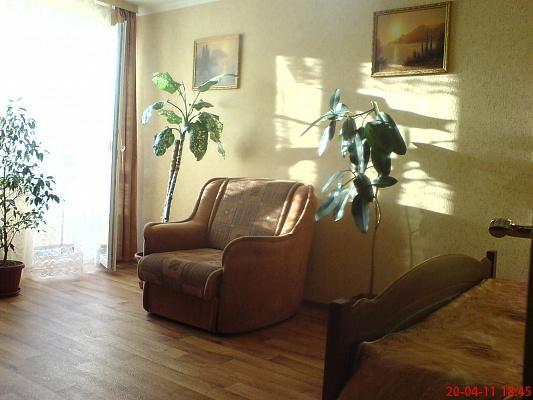 1-комнатная квартира посуточно в Севастополе. Гагаринский район, ул. Ефремова, 26. Фото 1