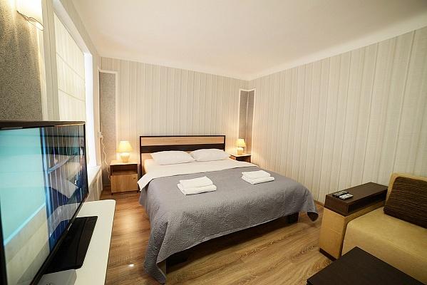 1-комнатная квартира посуточно в Львове. Галицкий район, ул. Театральная, 8. Фото 1