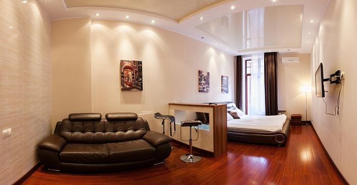 1-комнатная квартира посуточно в Одессе. Приморский район, ул. Генуэзская, 36. Фото 1
