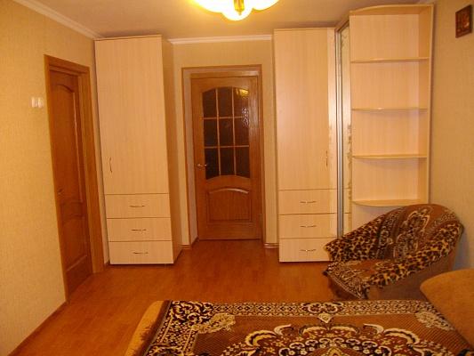 2-комнатная квартира посуточно в Бердянске. ул. Первомайская, 2. Фото 1