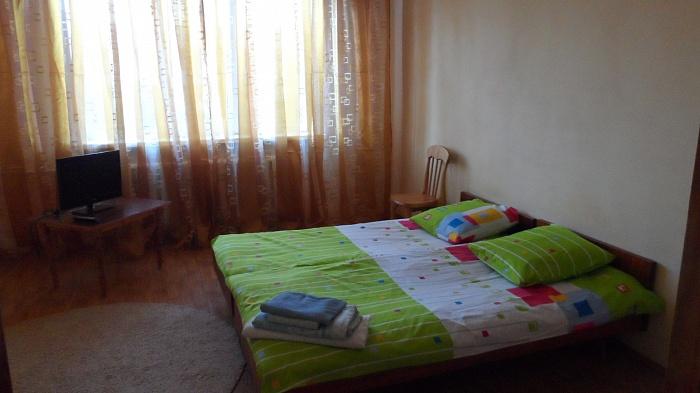 1-комнатная квартира посуточно в Саках. ул. Курортная, 51. Фото 1