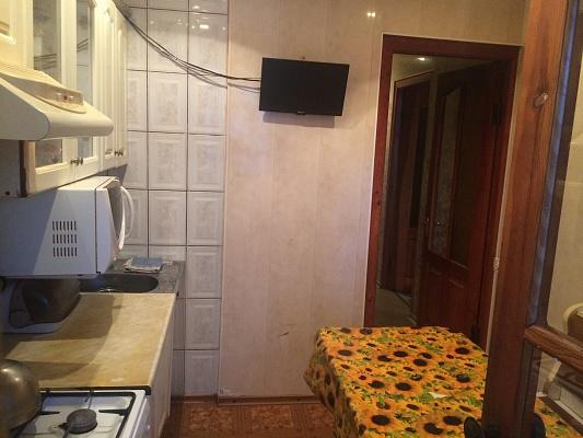 1-комнатная квартира посуточно в Никополе. ул. Усова, 25. Фото 1