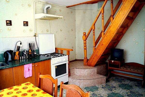 Дом  посуточно в Алуште. ул. Хромых, 21. Фото 1