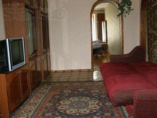 1-комнатная квартира посуточно в Саках. ул. Интернациональная, 47. Фото 1