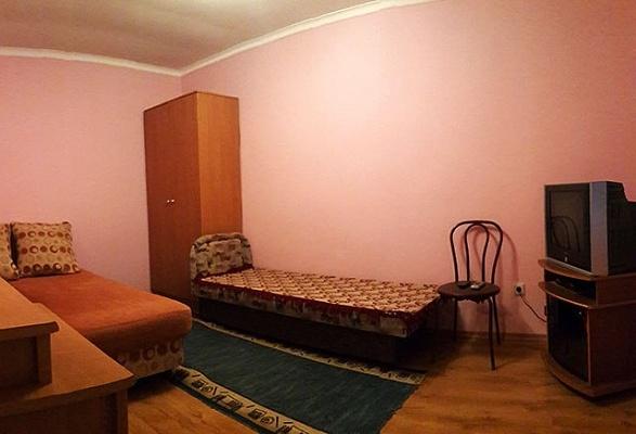 1-комнатная квартира посуточно в Новом свете. ул. Голицына, 12. Фото 1