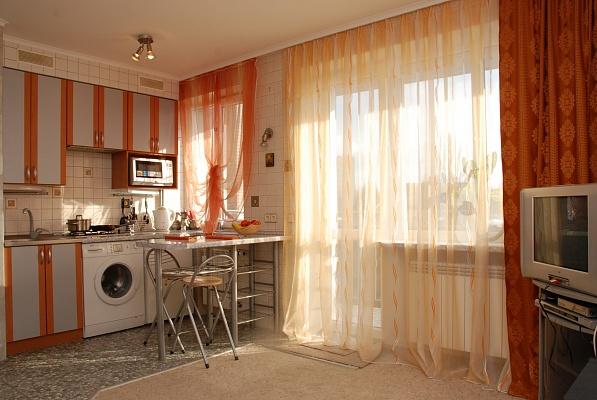 1-комнатная квартира посуточно в Киеве. Печерский район, пер. Бастионный, 5. Фото 1