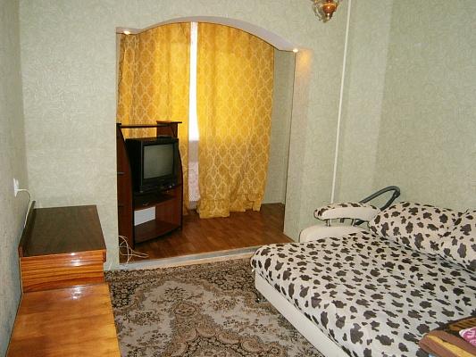 3-комнатная квартира посуточно в Белой Церкви. ул. Леваневского, 26. Фото 1
