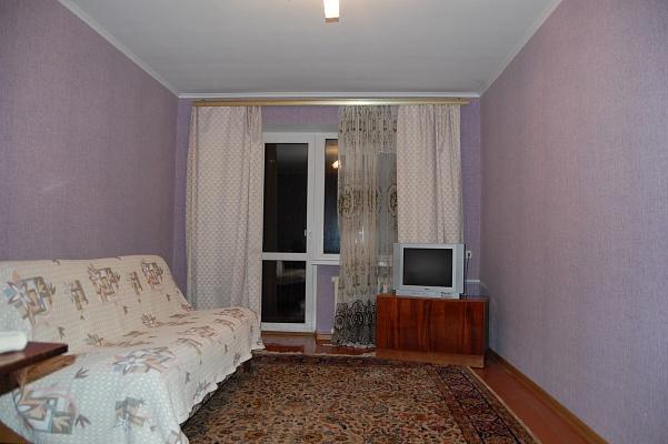1-комнатная квартира посуточно в Полтаве. Киевский район, ул. Зыгина, 34. Фото 1