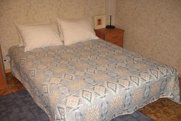 1-комнатная квартира посуточно в Керчи. ул. Юных Ленинцев, 10. Фото 1