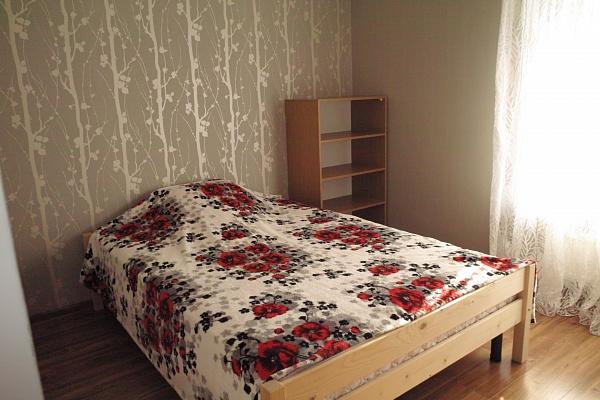 3-комнатная квартира посуточно в Евпатории. ул. Матвеева, 5. Фото 1