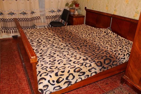 2-комнатная квартира посуточно в Черкассах. ул. Небесной Сотни (Ленина), 6. Фото 1