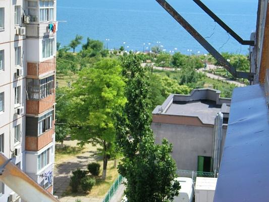 2-комнатная квартира посуточно в Южном. пр-т Григор. Десанта, 10. Фото 1