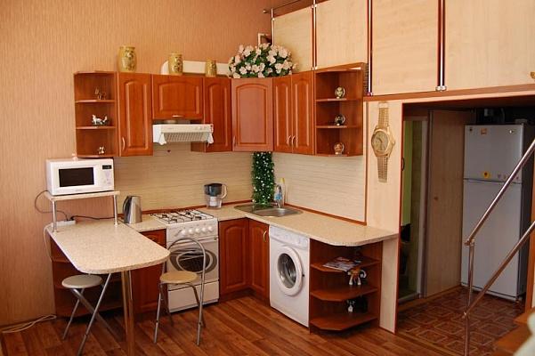 1-комнатная квартира посуточно в Одессе. Приморский район, пер. Вице Адм. Жукова, 2. Фото 1