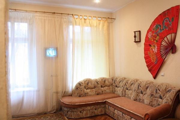 1-комнатная квартира посуточно в Одессе. Приморский район, ул. Базарная, 57. Фото 1