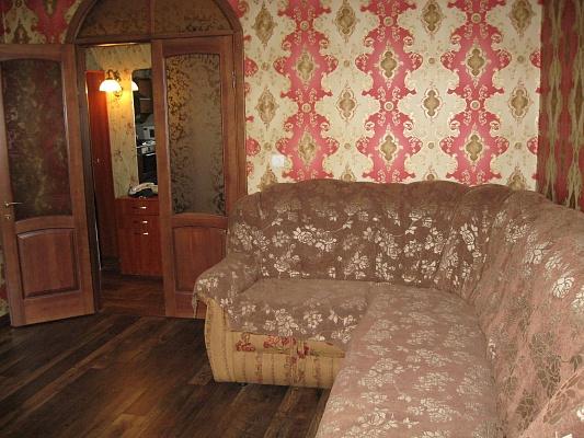 3-комнатная квартира посуточно в Полтаве. Киевский район, пер. Заячий, 3а. Фото 1