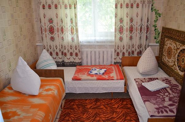 Дом  посуточно в Рыбаковке. ул. Колхозная, 2. Фото 1