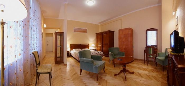 1-комнатная квартира посуточно в Львове. Галицкий район, ул. Дорошенко, 19. Фото 1