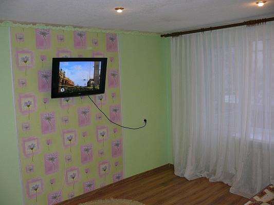 2-комнатная квартира посуточно в Трускавце. ул. Стебницкая, 66. Фото 1
