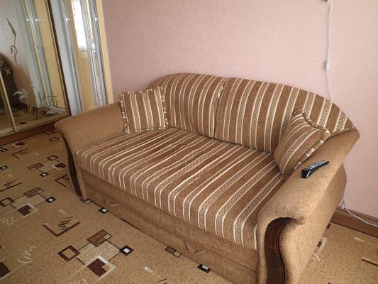 1-комнатная квартира посуточно в Алуште. ул. Виноградная, 16. Фото 1