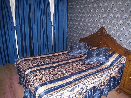 2-комнатная квартира посуточно в Николаеве. Центральный район, пр-т Ленина, 135. Фото 1