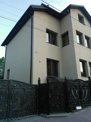 Дом  посуточно в Трускавце. ул. Стебницкая. Фото 1