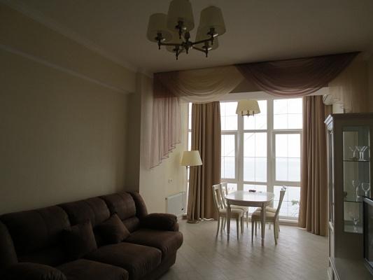 2-комнатная квартира посуточно в Алуште. ул. Набережная, 16. Фото 1