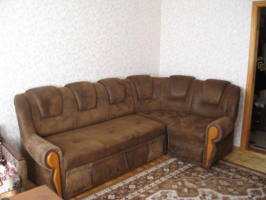 1-комнатная квартира посуточно в Луцке. ул. Конякина, 33. Фото 1