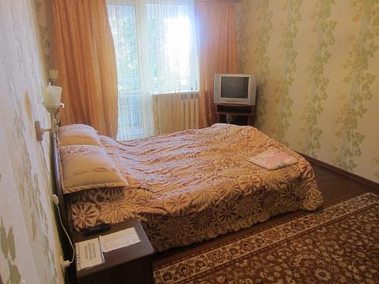 1-комнатная квартира посуточно в Измаиле. ул. Хотинская, 86. Фото 1