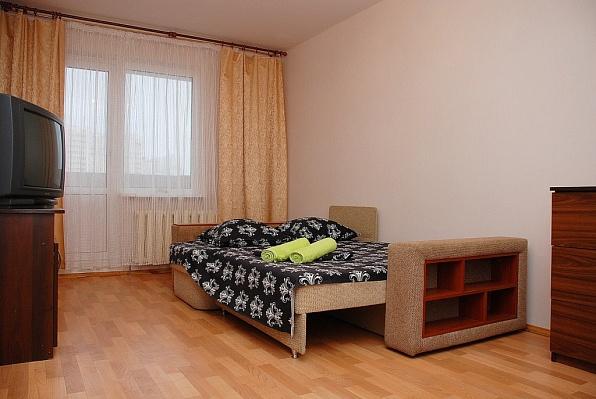 1-комнатная квартира посуточно в Киеве. Дарницкий район, ул. Урловская, 15. Фото 1