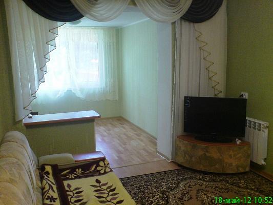 2-комнатная квартира посуточно в Партените. ул. Солнечная, 2. Фото 1
