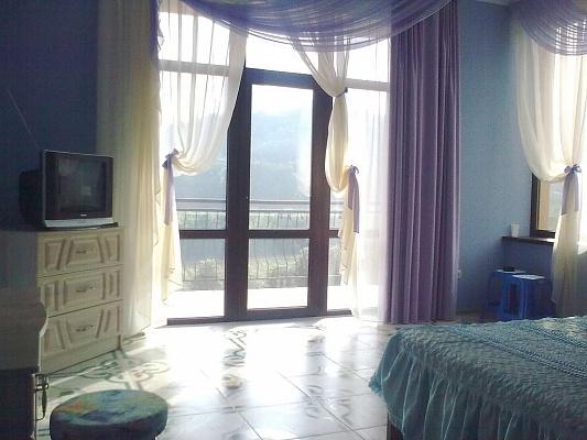 2-комнатная квартира посуточно в Партените. ул. Победы, 3. Фото 1