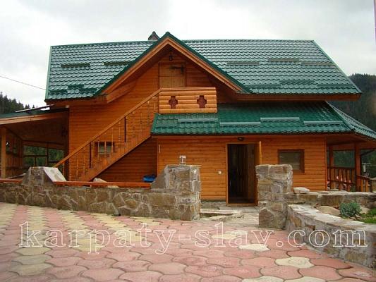 Дом  посуточно в Славском. ул. Устияновича, 36. Фото 1