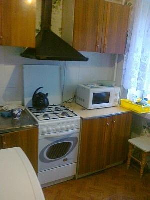 2-комнатная квартира посуточно в Хмельницком. ул. Тернопольская, 16. Фото 1
