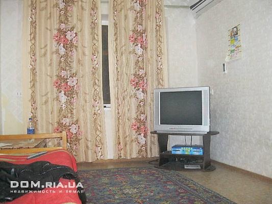 2-комнатная квартира посуточно в Евпатории. ул. Фрунзе, 81. Фото 1