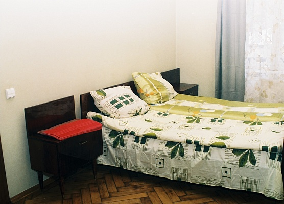2-комнатная квартира посуточно в Львове. Галицкий район, ул. Герцена, 6. Фото 1
