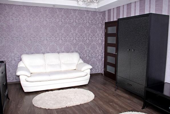 1-комнатная квартира посуточно в Борисполе. пер. Бабкина, 12. Фото 1