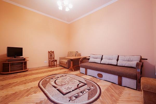 2-комнатная квартира посуточно в Львове. Галицкий район, ул. Краковская, 26. Фото 1
