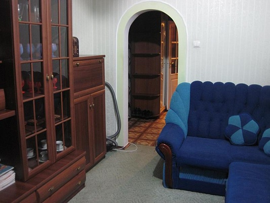 1-комнатная квартира посуточно в Ровно. ул. О.Дундича, 1а. Фото 1