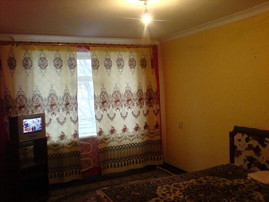 2-комнатная квартира посуточно в Кировограде. Кировский район, ул. Волкова, 11. Фото 1
