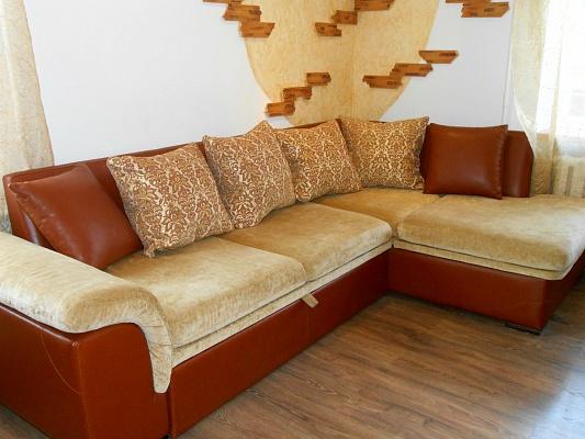 1-комнатная квартира посуточно в Ровно. ул. Мирющенко, 41. Фото 1