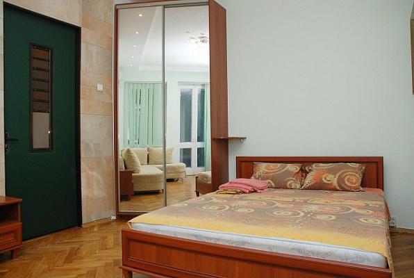2-комнатная квартира посуточно в Никополе. ул. Усова, 10. Фото 1