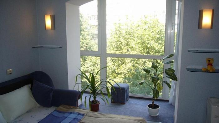 1-комнатная квартира посуточно в Киеве. Святошинский район, ул. Якуба Коласа, 7. Фото 1